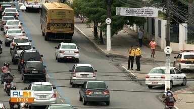 SMTT intensifica fiscalização na faixa azul em Maceió - 25 agentes de trânsito estarão nas Avenidas Durval de Góes Monteiro e Fernandes Lima, além da parte baixa da cidade.