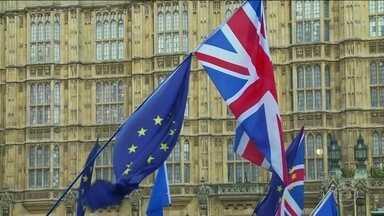 Parlamento britânico volta a examinar alternativas para o Brexit - e rejeita todas - Prazo para a saída sem acordo fica cada vez mais apertado