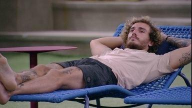 Gabriela pergunta para Alan: 'Você vai dormir no quarto sozinho mesmo?' - Gabriela pergunta para Alan: 'Você vai dormir no quarto sozinho mesmo?'