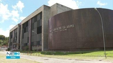 Pane elétrica provoca suspensão de audiências no Fórum de Jaboatão, no Grande Recife - Problema foi no transformador central do edifício.