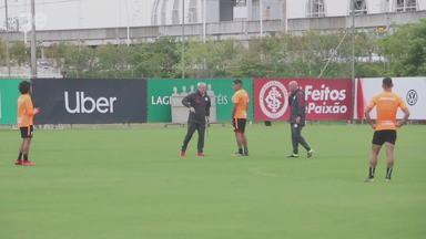 Guerrero participa de treino e será titular do Inter em estreia - Assista ao vídeo.