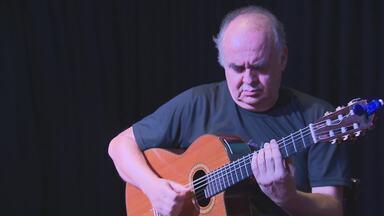 Professor da UFMG ganha recital pelos 75 anos de idade - José Lucena Vaz foi mestre e referência para grandes nomes do violão mineiro, entre eles, Gilvan de Oliveira e Juarez Moreira.