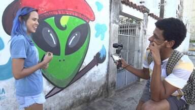 O 'Vumbora' desbrava o bairro de Brotas com a grafiteira Tiana Lago - O 'Vumbora' desbrava o bairro de Brotas com a grafiteira Tiana Lago