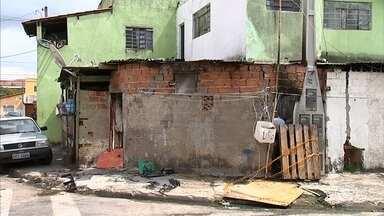 Homem é preso após agredir mulher grávida e colocar fogo em casa - Um homem foi preso depois de colocar fogo na casa onde morava com a família, em Itupeva (SP). A mulher dele, que está grávida, foi agredida.