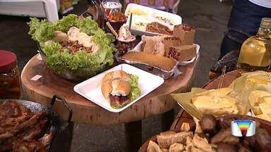A comida típica da roça é a principal atração de um festival em Pindamonhangaba - Quem foi conferir a festa foi o repórter Arthur Costa.