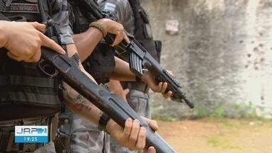 Policiais mostram poder de destruição de armamento que estava com criminosos - Bope diz que apreensões de armamentos pesados estão mais comuns no Amapá.