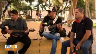 Para celebrar 20 anos de carreira cantor Nelsinho Silveira faz show neste sábado - Show será em Arapiraca.