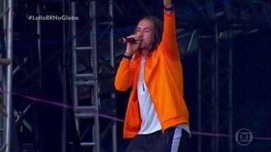Vitor Kley canta sucesso 'O Sol' - Cantor levanta o público do festival