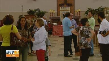 Papa Francisco aprova decreto que reconhece milagre feito por padre em Tambaú, SP - O milagre atribuído ao padre Donizete será revelado durante coletiva de imprensa.
