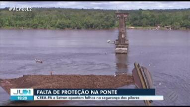 Buscas são intensificadas para localizar possíveis vítimas, após queda de ponte no Pará - Queda de parte da ponte que atravessa o rio Moju caiu foi provocada por acidente com balsa.