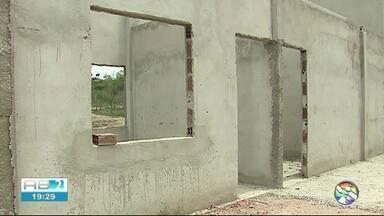 Obras do Revitalino se 'arrastam' desde 2011 no Alto do Moura - Local vai receber o lançamento do São João