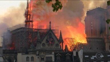 Tragédia na Catedral de Notre-Dame de Paris repercute no mundo - Líderes de governos e representantes de instituições lamentam o incêndio na catedral que sobreviveu a duas guerras mundiais.