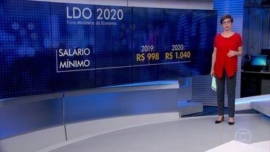 LDO prevê correção do salário mínimo só pela inflação, sem aumento real - O valor passaria de R$ 998 para R$ 1.040 em 2020. O texto também não prevê reajustes para servidores no próximo ano nem a realização de concursos.