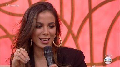 Anitta relembra goteiras em sua casa nos dias de chuva - Antes da fama, Cantora morava em casa simples no Rio de Janeiro