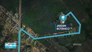 Jardim Botânico muda entrada de motoristas - Direção do Jardim Botânico começou a testar nova entrada de motoristas, pela portaria privativa e não mais pela principal. Isso para os feriados e fins de semana.