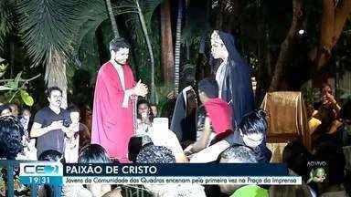 Paixão de Cristo é encenada na Praça da Imprensa - Momento de emoção reuniu fieis no bairro Dionísio Torres