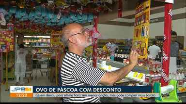 Quem deixou para comprar o ovo de Páscoa de última hora teve uma surpresa: desconto - Alguns supermercados baixaram o preço, mas as opções diminuíram.