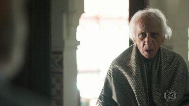 Mamede volta para casa e encontra Bóris e Salete - Para desespero dos netos, os vizinhos discutem. Ali comenta com Muna que está preocupado com Jamil