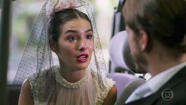 Larissa liga para Quinzinho antes do casamento - A noiva do Quinzinho revela que ama outra pessoa