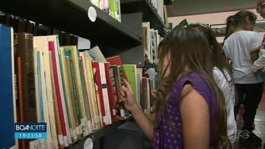 Projetos levam leitura a pessoas de todas as idades - A ideia é incentivar desde as crianças até os adultos.