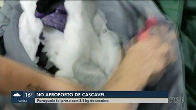 Homem tenta embarcar com cocaína escondida em roupas - Passageiro estava com 3,5 quilos na mala em aeroporto de Cascavel.