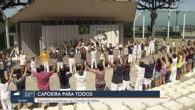 """Concha Acústica recebe encontro de capoeira em Santos - Evento """"Capoeira para Todos"""" aconteceu no fim de semana."""