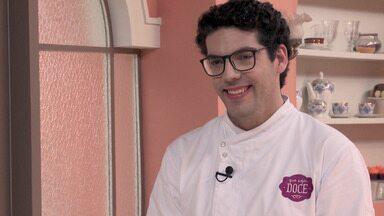 Sozinha E Acompanhado - Petit gâteau é quase uma unanimidade no mundo dos doces, mas nesta semana os participantes terão de se virar para fazer o melhor petit gâteau que os jurados já comeram.