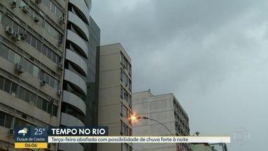 Tempo fica instável no Rio de Janeiro nesta terça-feira (7) - Uma frente fria que passa pelo mar deixa o tempo instável em estado. Veja como fica o tempo no Rio de Janeiro.