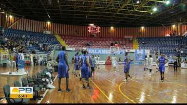 Confira como foi a derrota da Unifacisa para o Londrina pelas semifinais da Liga Ouro - paraibanos foram derrotados por 76 a 69 no segundo confronto da série melhor de cinco