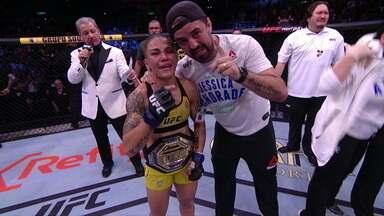 """No Rio, Jéssica """"Bate Estaca"""" brilha no UFC, supera americana e fica com o cinturão das peso palhas - No Rio, Jéssica """"Bate Estaca"""" brilha no UFC, supera americana e fica com o cinturão das peso palhas"""