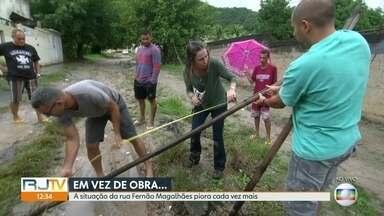O RJ Móvel dessa quinta-feira foi em Campo Grande - Moradores da rua Fernão Magalhães cobram a retomada das obras