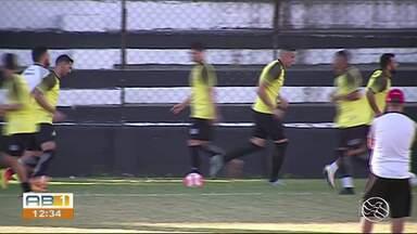 Central treina para partida de domingo (19) em Caruaru - Jogo será no estádio do Lacerdão.