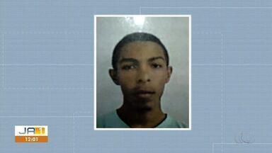 Jovem é encontrado morto com marcas de tiros próximo a hotel em Taquaralto - Jovem é encontrado morto com marcas de tiros próximo a hotel em Taquaralto