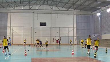 Com convocações para a seleção paulista, Mogi Futsal se prepara para mata-mata - Time fez boa campanha na primeira fase e busca manter o embalo para a sequência da competição.