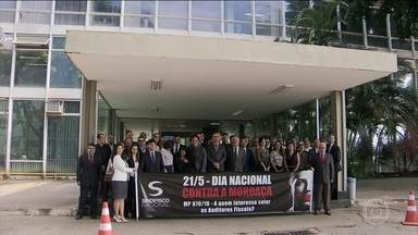 Auditores Fiscais protestam contra emenda que limita trabalho de investigação da categoria - Eles fizeram manifestações em Brasília, Rio de Janeiro e São Paulo.