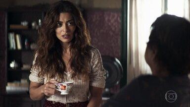 Maria fica intrigada ao saber que Zenaide e Virgínia estão indo para São Paulo - Marlene aceita receber as duas em casa e Maria questiona sobre Fabiana