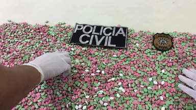 Polícia apreende 8,4 mil comprimidos de ecstasy em São Leopoldo - Droga foi encontrada na residência um homem de 33 anos, que foi preso em flagrante.