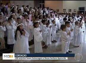 Crianças participam de coroação na Igreja Rosa Mística em Montes Claros - 400 anjinhos fizeram homenagem a Nossa Senhora.