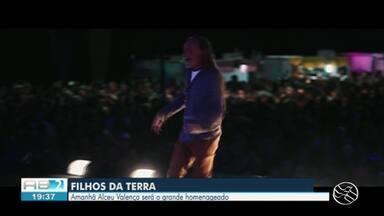 Programa Filhos da Terra faz homenagem a Alceu Valença - Artista fala da carreira musical.