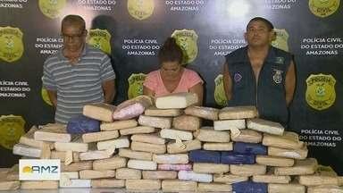 Quatro pessoas são presas com cerca de 70 kg de drogas em balsa no Rio Solimões, em Manaus - Ação é desdobramento de investigação que resultou na prisão de ex-vereador de Maraã e de outros dois homens no dia 29 de abril.