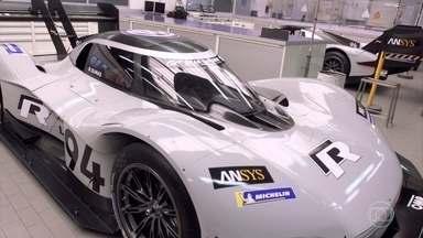 Conheça o carro elétrico feito para quebrar recordes em subida de montanhas - Piloto Luiz Razia testa o protótipo IDR foi feito pela Volkswagen.