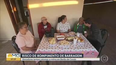 Moradores tentam retomar a rotina em Barão de Cocais com talude se movimentando - Mina de Gongo Soco, da Vale, está no nível 3 de alerta.