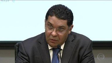 Secretário do Tesouro defende que estados sejam mantidos na reforma da Previdência - Presidente da Câmara pediu que os governadores participem de forma mais ativa dessa fase da reforma, assumindo as negociações com os deputados.