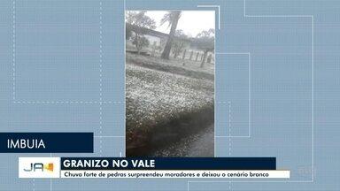 Chuva de granizo atinge cidades do Vale do Itajaí - Chuva de granizo atinge cidades do Vale do Itajaí