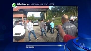 Ex-funcionários da Borcol fazem protesto em frente à empresa em Sorocaba - Ex-funcionários da Borcol fizeram um protesto em frente à empresa, nesta terça-feira (4), em Sorocaba (SP).