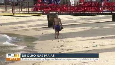 Turistas e moradores de Angra dos Reis se preocupam com a qualidade da água - Em Angra dos Reis, seis estão impróprias para o banho.