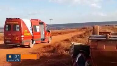 Motorista alcoolizado capota carro e passageira morre em Planaltina - O acidente foi na área rural, perto da DF-100. O motorista não teve ferimentos graves e foi levado para a delegacia.
