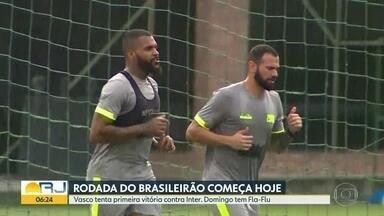 Vasco abre a rodada do Brasileirão - Time enfrenta Inter em São Januário e tenta a primeira vitória. No domingo tem Fla-Flu no Maracanã e CSA x Botafogo em Maceió.