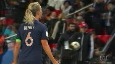 França vence a Coreia do Sul na abertura da Copa do Mundo feminina de futebol - País anfitrião deu show dentro e fora de campo.