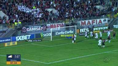 Brasil de Pelotas embala e vence o Operário-PR - Xavante ganhou a partida por 1 a 0.